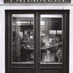 [Ricorso n. 121 del 2011] Il Governo impugna le 'nuove regole' dettate dalla Regione Calabria sul punto dell'assegnazione della titolarità delle farmacie