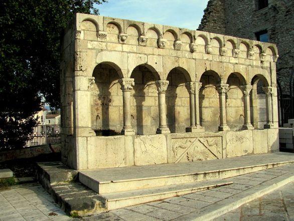 Isernia, Fontana Fraterna